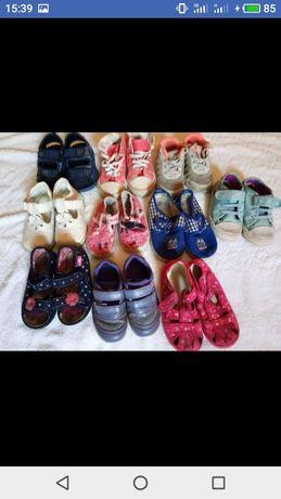 обувь разная детская