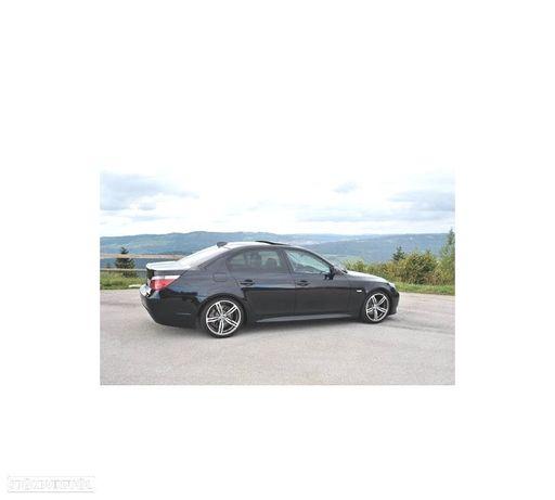 EMBALADEIRAS LATERAIS PACK M / M5 BMW SERIE 5 E60
