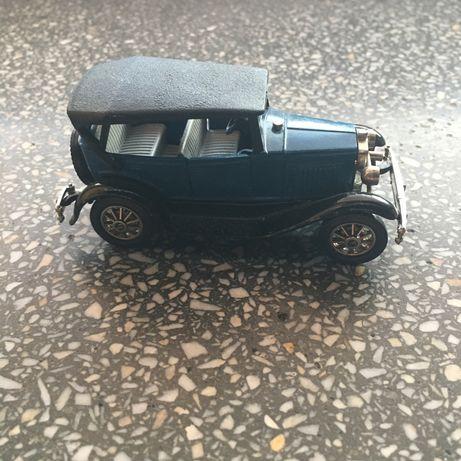 GAZ-A model 1:43