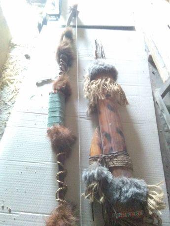 Łuk ozdobny z kołczanem ze strzałami TANIO