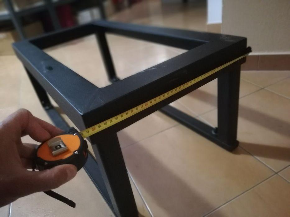 Stojak, solidna konstrukcja pod pompę ciepła Kęty - image 1