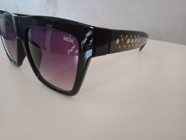 Okulary przeciwsłoneczne mcm PRZECENA