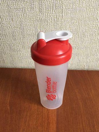 Спортивный шейкер Blender Bottle