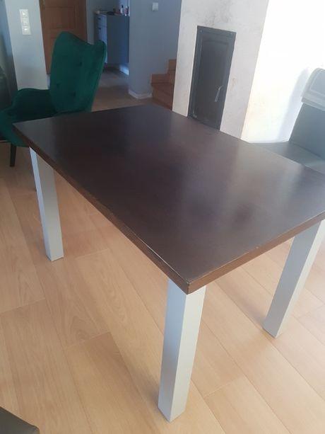 Stół do jadalni drewniany