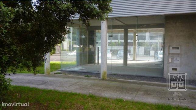 Ref. 378127 - Venda de ÁREA COMERCIAL - Quinta da Francesa - Terra ...