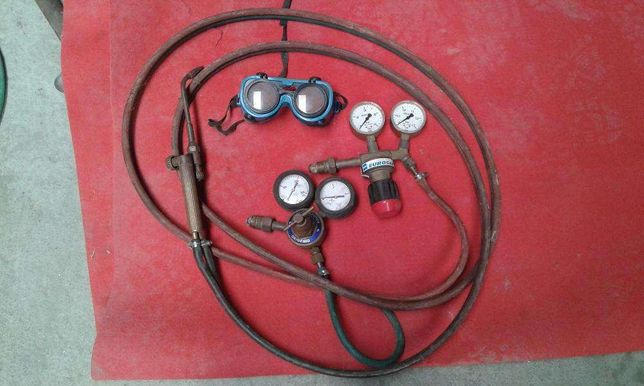 Manómetros,maçarico e mangueiras para soldadura autógénio