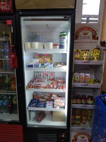 Холодильна вітрина, холодильник