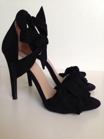 Sandałki na szpilce czarne Vices rozmiar 37 stan idealny