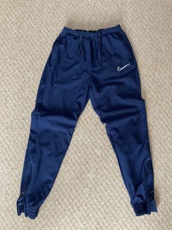Спортивные штаны nike(не adidas -puma)dri-fit(найк)