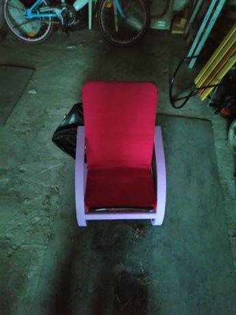 Продам детское кресло.