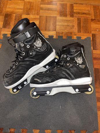 Vendo patins Agressivos porque eu comprei outro