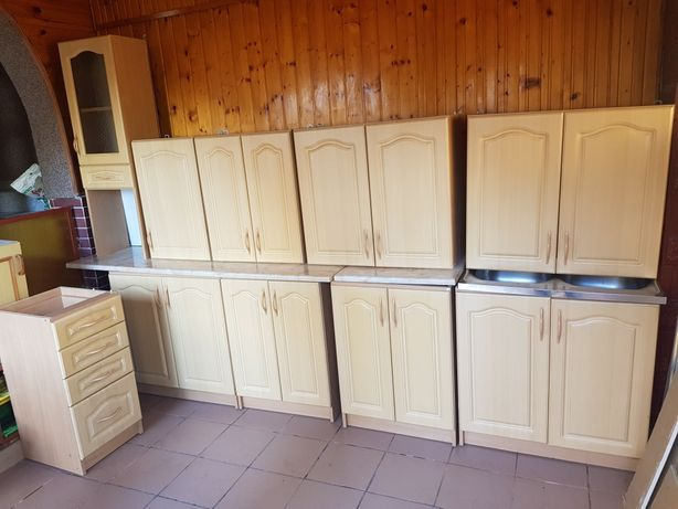 Meble kuchenne szafki regał solidne