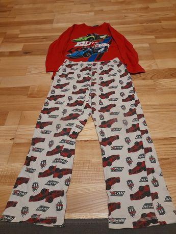 Sprzedam piżamy 122