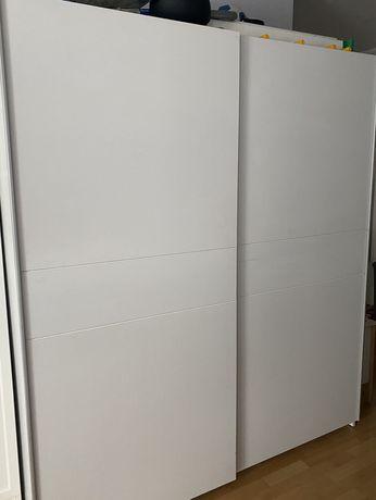 Szafa biała drzwi przesuwne