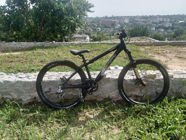 Велосипед Giant mtb street dirt