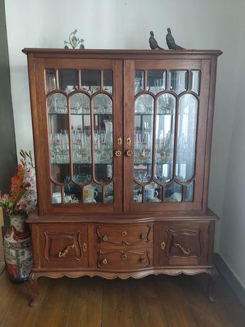 Mobilia de sala de jantar madeira
