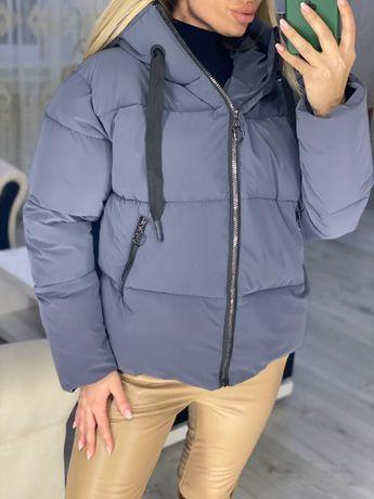 Невероятно крутая матовая куртка