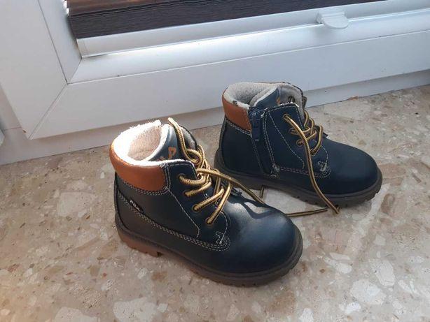 Buty zimowe FILA rozm. 24, dla chłopca