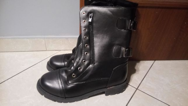 Buty zimowe NOWE roz.40 czarne, lekko ocieplane, wiązane