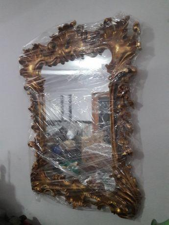 Espelho em talha