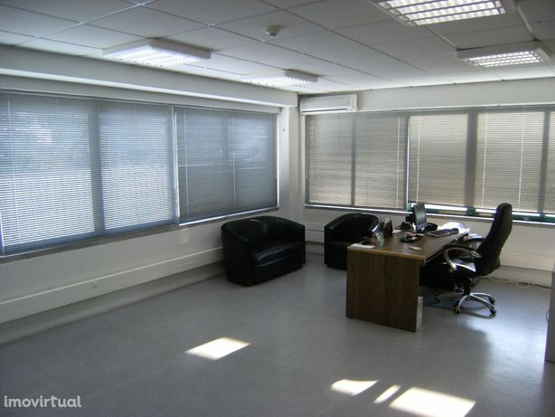 Escritório em Centro Empresarial