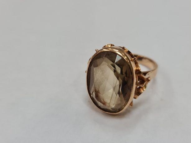 Jasny kamień! Retro! PRL! Piękny złoty pierścionek/ 585/ 7 g/ R12