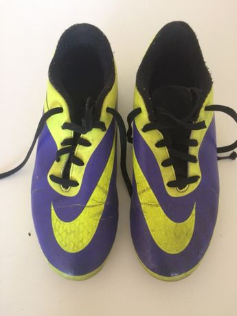 Chuteiras Nike Hypervem T36