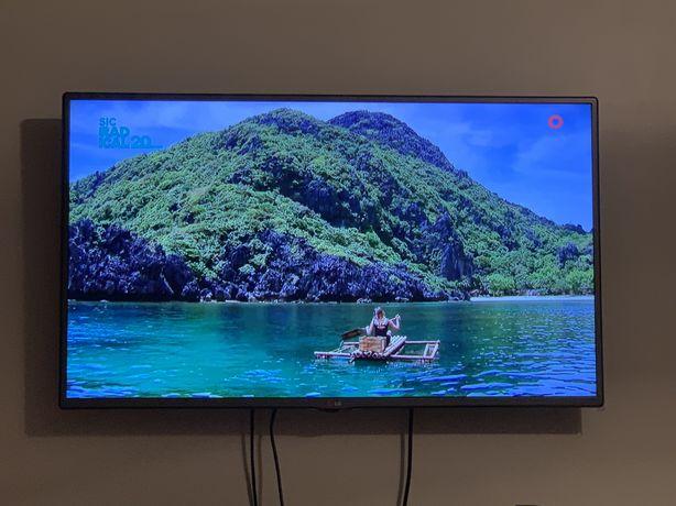 "Televisão LG 42"" Led Tv"