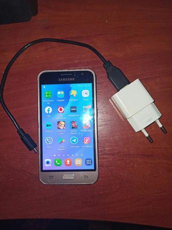 Samsung sm - J120 Galaxy J1