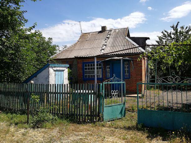 Продам дом с большим участком земли. Рассрочка.