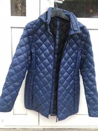 Куртка курточка осень-весна, утепленная с капюшоном