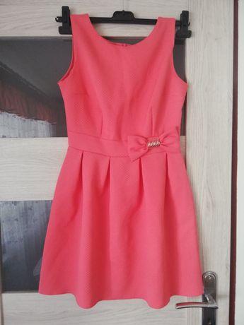 Sukienka rozkloszowana M