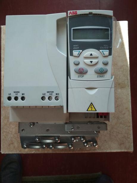 Преобразователь частоты ACS310-03E-13A8-4.