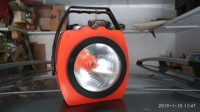 Фонарик или фонарь аварийный