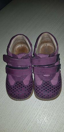 Продам туфельки Topitop 27 размера