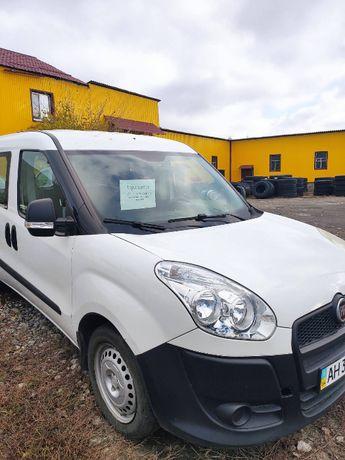 Продам Fiat Nuovo Doblo Maxi 2013 год