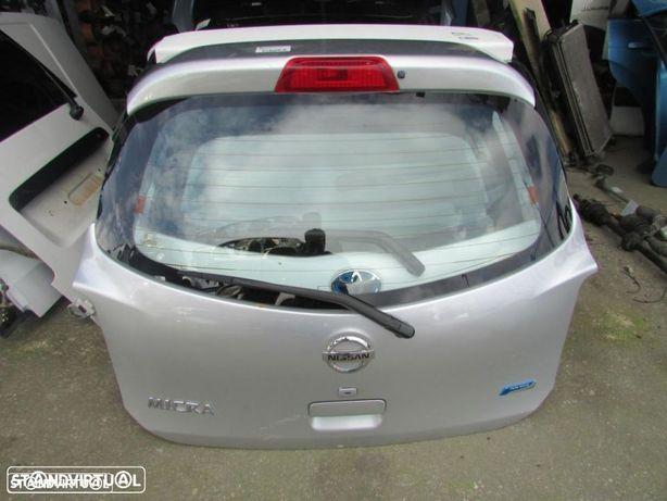Tampa da Mala Nissan Micra K13 do ano 2010