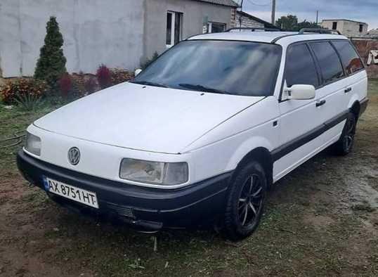Volkswagen Passat B3 1990г.в. 1.8Г/Б. Отличный. Без вложений.