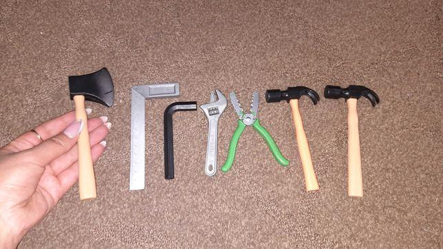 Набор детских инструментов.