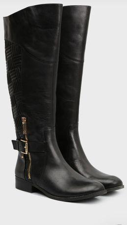 Кожаные сапоги Jessica Simpson .В наличии два размера 35.5;36.5