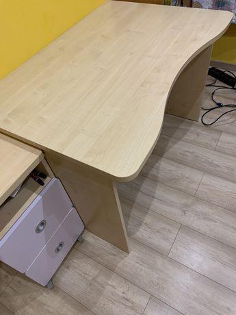 Solidne biurko