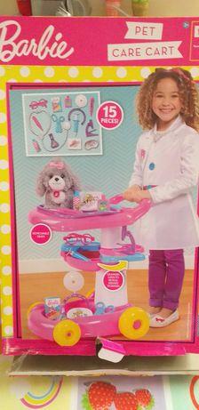 Zestaw Barbie Mattel Lekarz Weterynarz Mały doktor, wózek lekarski