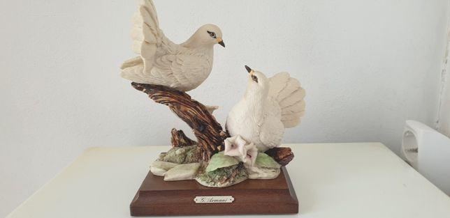 Figura porcelana  fina de G. Armani