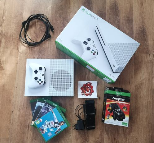 Konsola Xbox one s 1TB