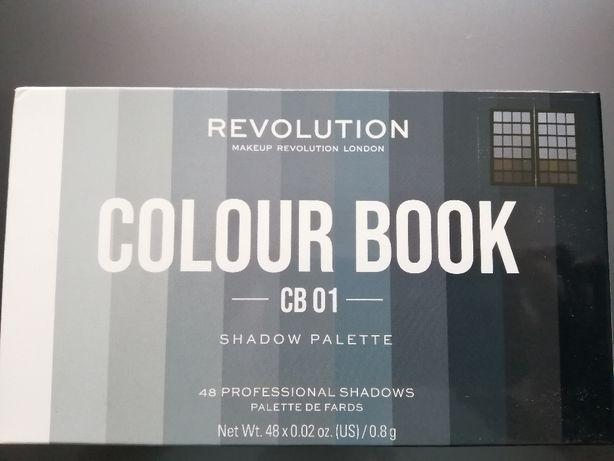 Paleta cieni Revolution Colour Book CB01