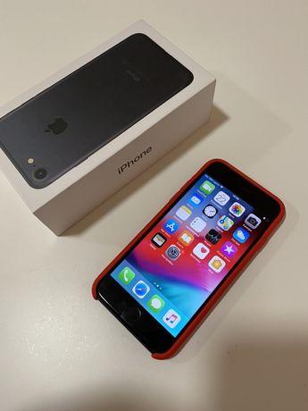 Продам Iphone 7 32gb Neverlock IOS12