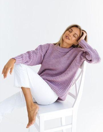 Жіночий светр світер свитер