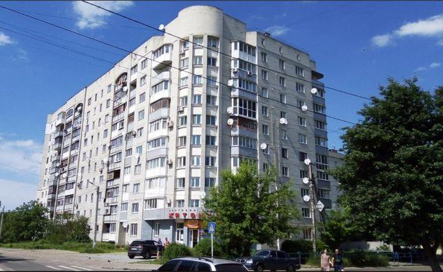 Продаю 4х комнатную квартиру ул. Домбровского