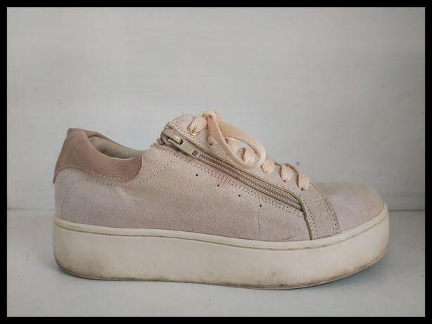 Замшевые женские кроссовки Vox