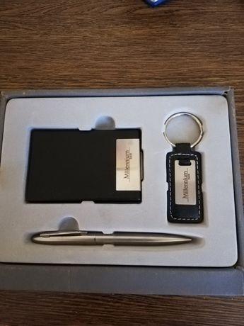 Zestaw biurowy długopis wizytownik brelok